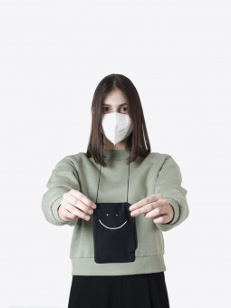 airbag craftworks ffp2 mask & phone pouch