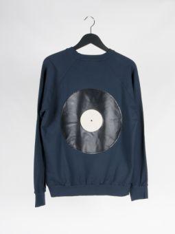 A2 vinyl sweatshirt